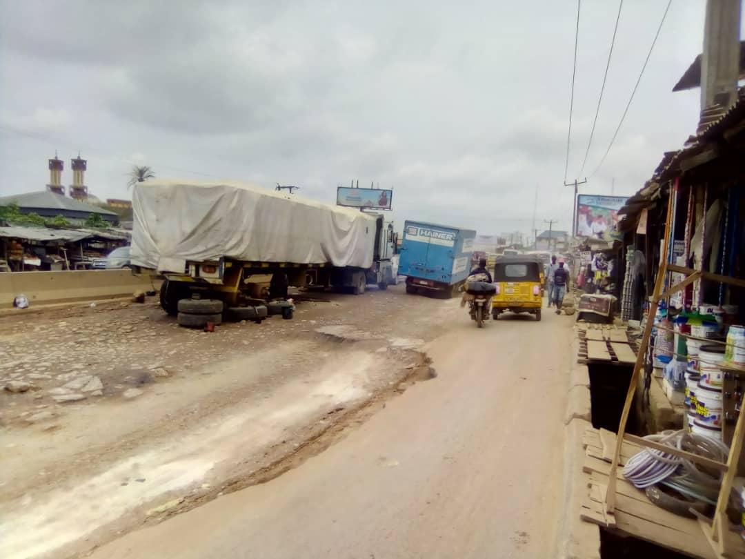 Chaos at Lagos-Ogun Tollgate