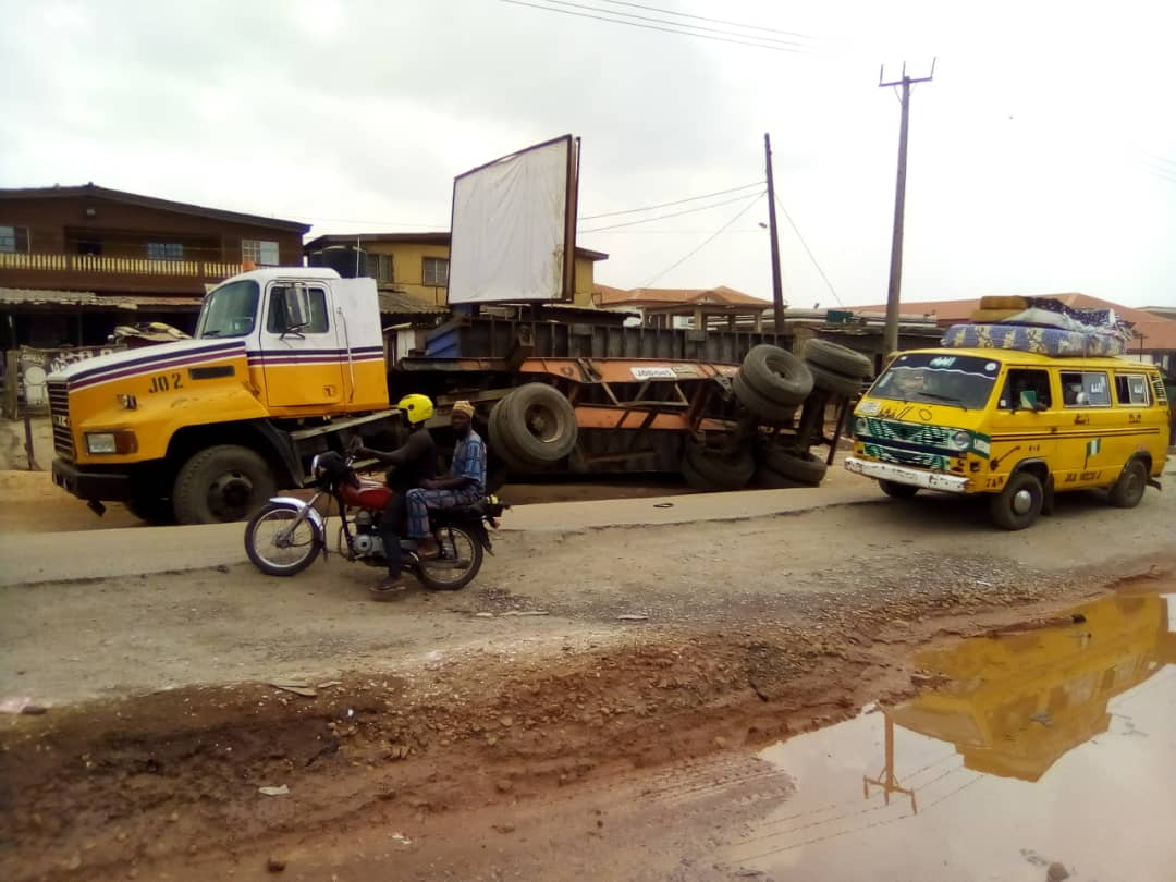 Fallen trailers in Ogun: A danger to human lives